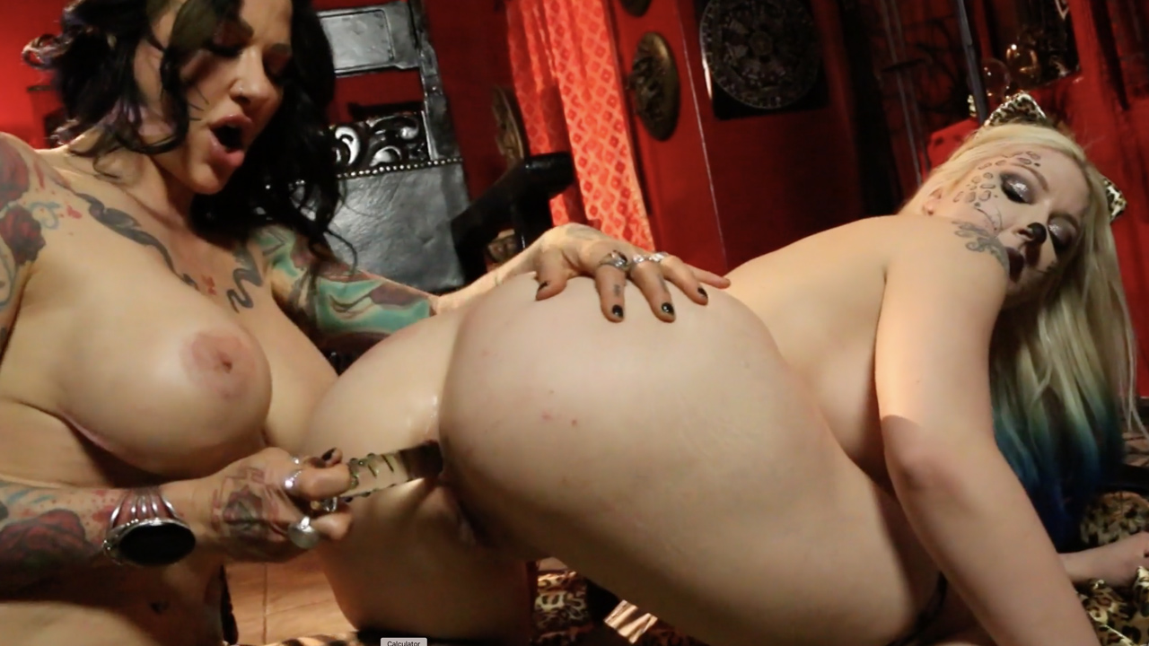 Jen Hexxx helps Leya the cat do a milk enema!